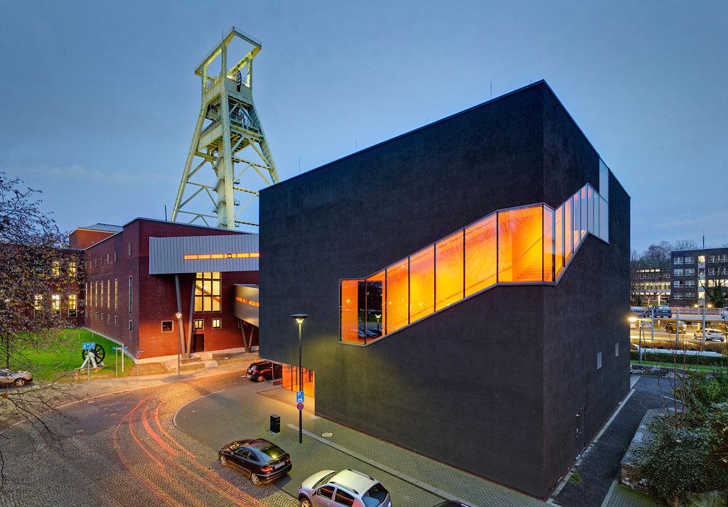 Bergbaumuseum BO / Arch. Benthem Crouwel
