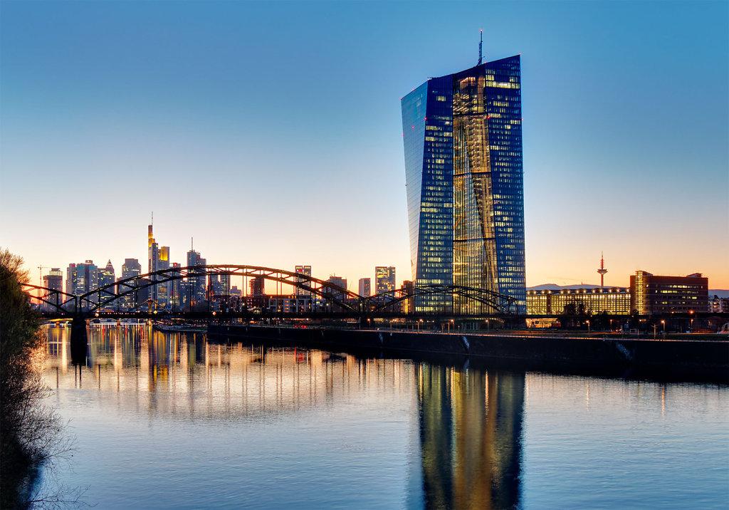EZB und Skyline Frankfurt