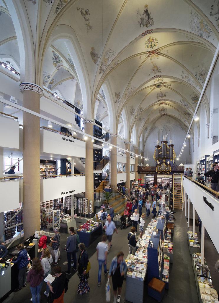 Zwolle-Buchhandlung-15.jpg