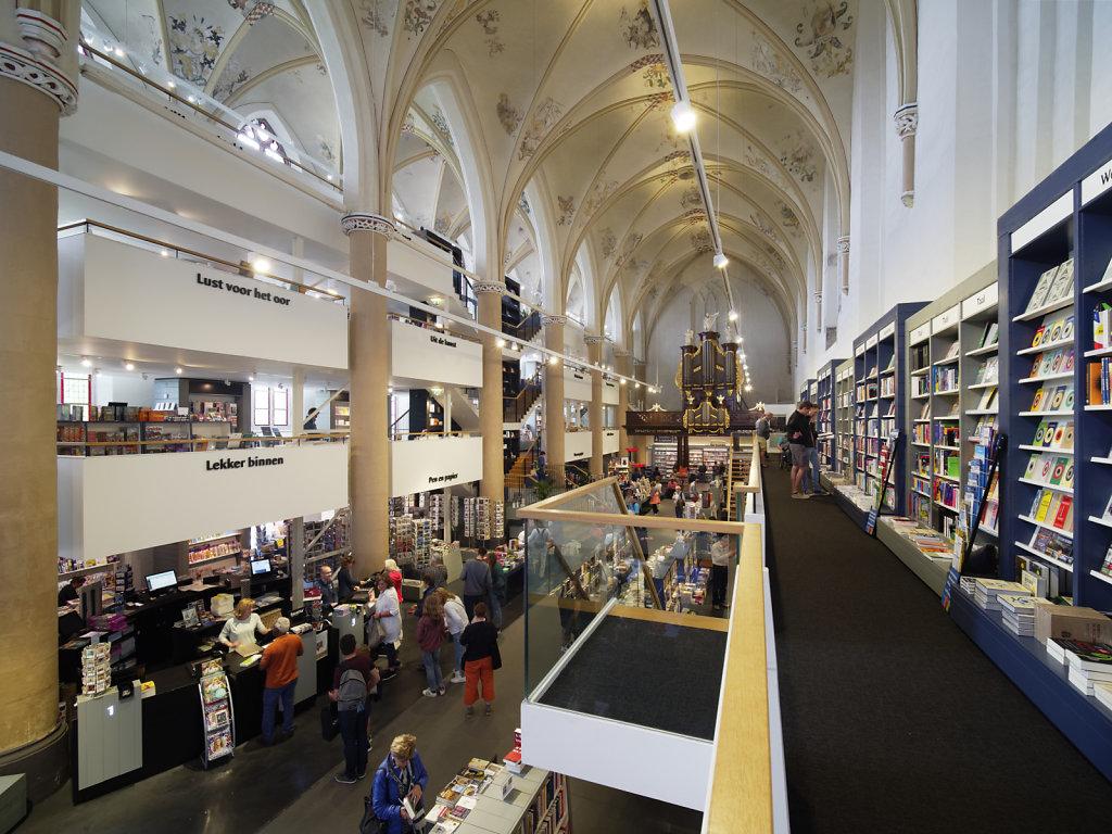 Zwolle-Buchhandlung-13.jpg