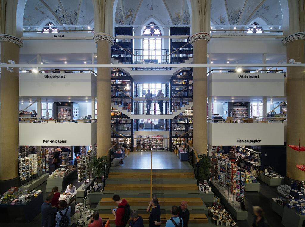 Zwolle-Buchhandlung-06.jpg
